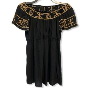 A Pea in the Pod Off Shoulder Embroidered Top